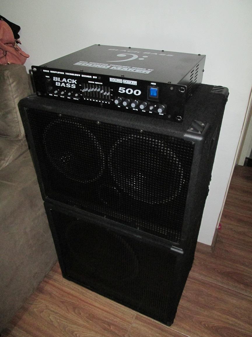 Sound Maker Black Bass 500 + Caixas Handmade 1X15 e 2X10 IMG_1042