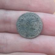 AE3 de Juliano II El Apóstata. FEL TEMP REPARATIO. Soldado alanceando a jinete caído. Ceca Lugdunum. 20160926_164501_1