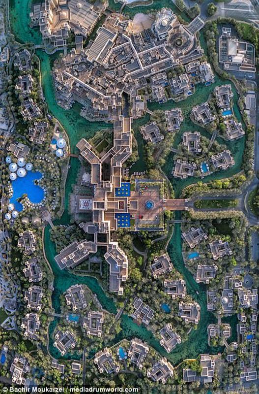 Kiến trúc đẹp mê hồn của thành phố Dubai từ trên cao 12-1519181737-width650height987