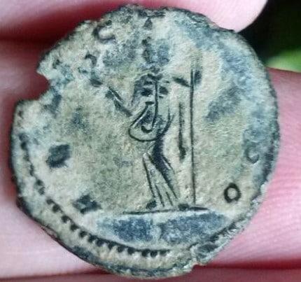 Antoniniano de Galieno. FELICIT AVG. Felicitas estante a izq. Ceca Roma? Mediolanum? 955658ea_7b26_4814_997a_a4e0b2384cc0_2