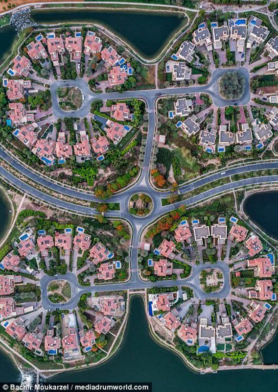 Kiến trúc đẹp mê hồn của thành phố Dubai từ trên cao 10-1519181737-width650height915