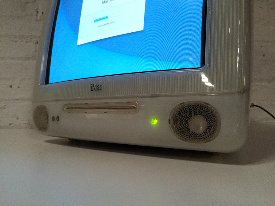 [Vendo] iMacs G3, G4's, Monitores era translúcida Apple IMG_2689