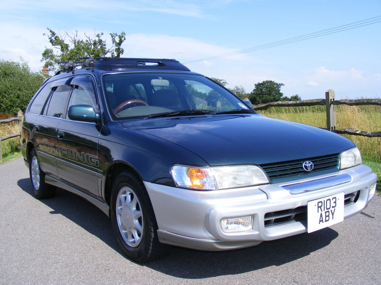 Toyota Corolla 1.6 family car Picture_2923