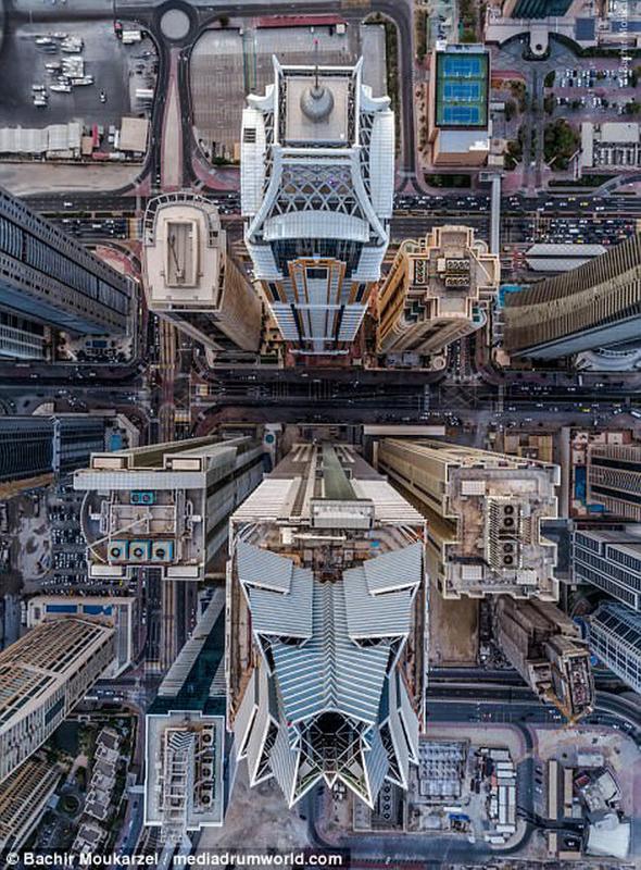 Kiến trúc đẹp mê hồn của thành phố Dubai từ trên cao 2-1519181737-width650height882