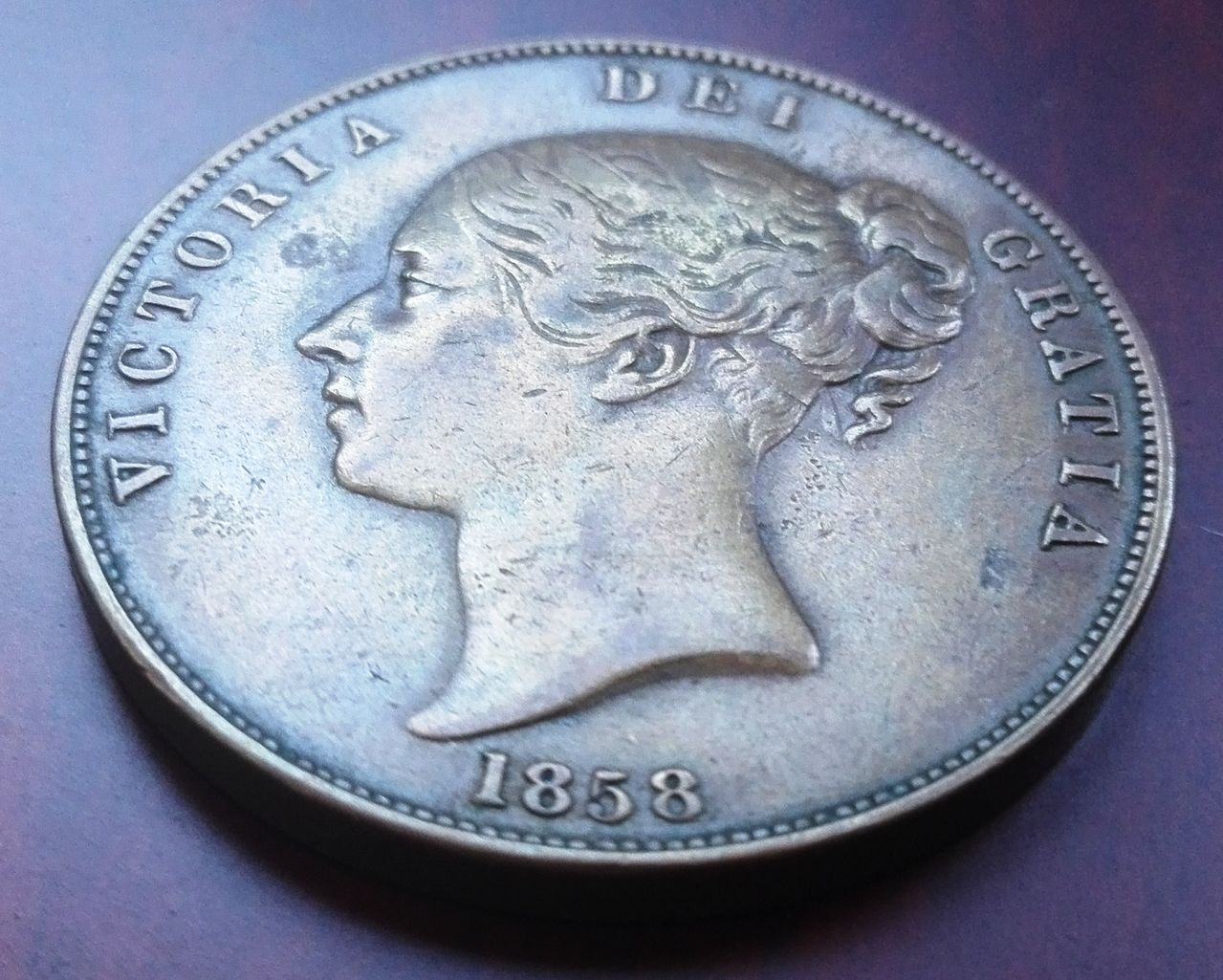 1 penique 1858, Gran Bretaña. Reina Victoria 1_penique_1858_anv_2
