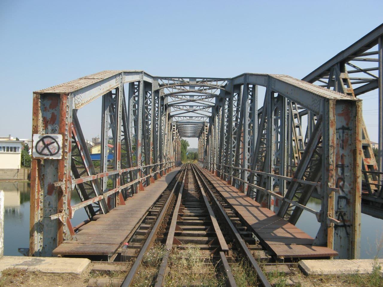 Calea ferată directă Oradea Vest - Episcopia Bihor IMG_0014