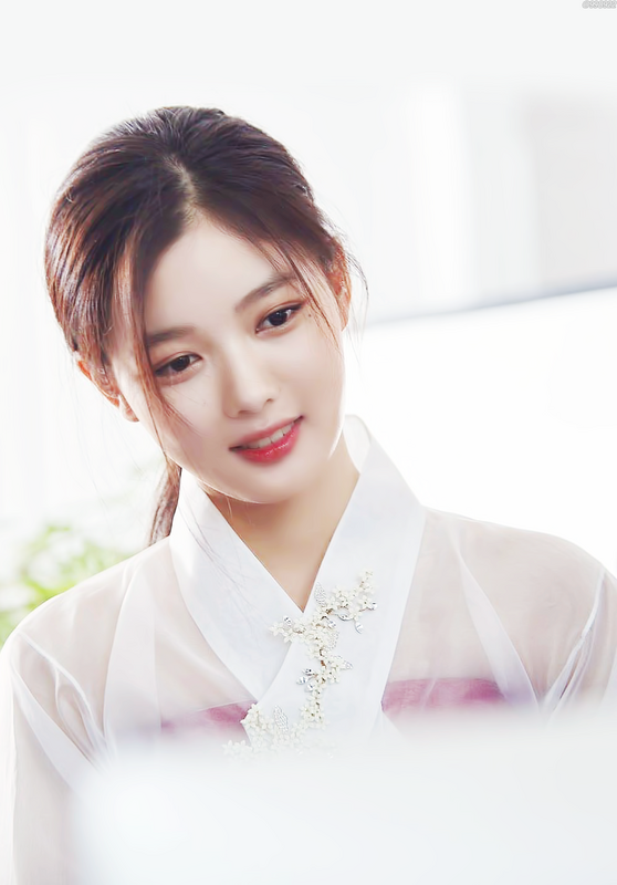 Nhan sắc của 2 ngôi sao nhí đình đám Kim Yoo Jung và Kim So Hyun 0000000