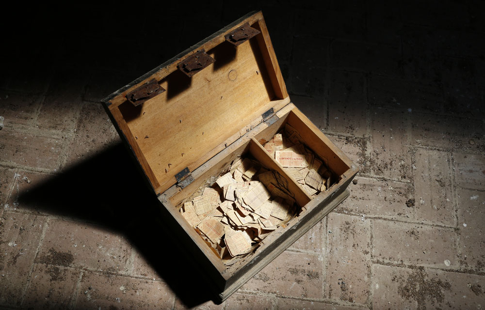 25 cts. d'Alforja y el baúl de los recuerdos. Dinero_alforja_00