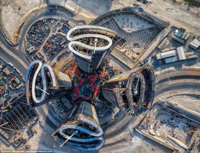 Kiến trúc đẹp mê hồn của thành phố Dubai từ trên cao 1-1519181737-width650height498