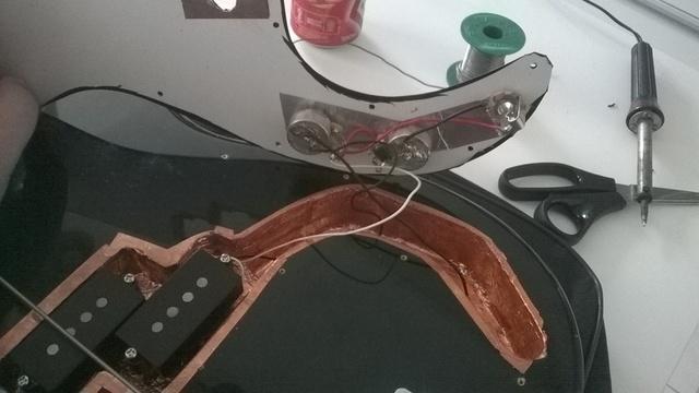 Eu mesmo Luthier no meu Precision Squier - Processo e dúvidas WP_20141102_13_20_28_Smart