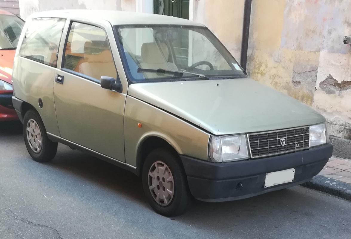 avvistamenti auto storiche - Pagina 40 IMG_20170703_230614