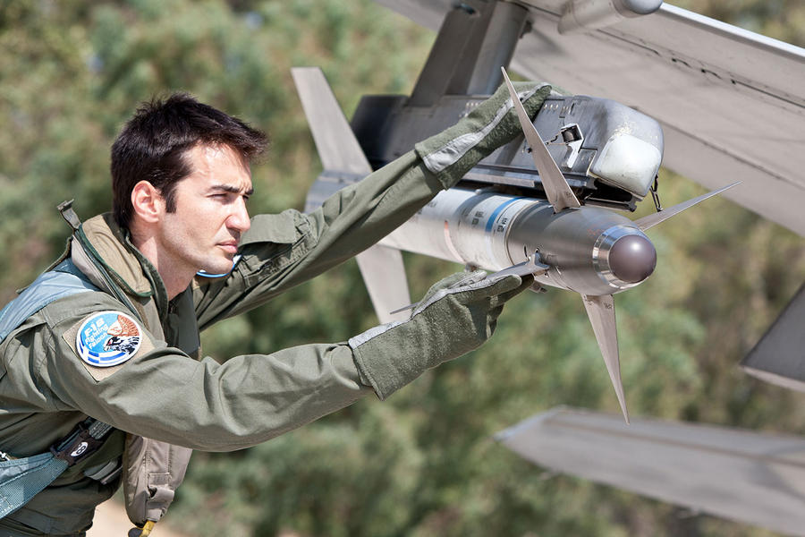 Hellenic Military & Security Multimedia Pilots_f_16_08