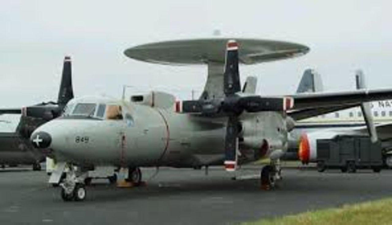 Aeronaves  del pasado de la SEMAR. Hawkeyee2c