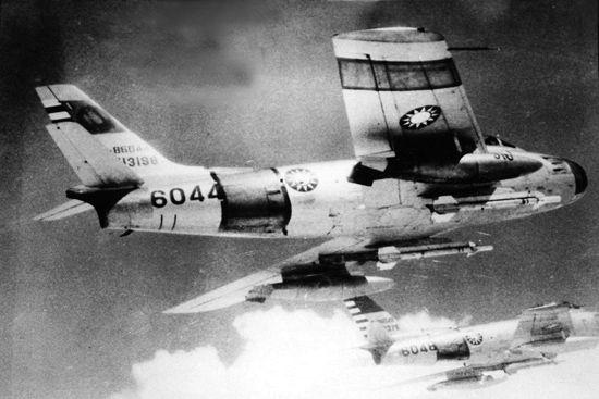f-86e sabre haf 1/72 U6794P27T1D678598F318DT20111225213451