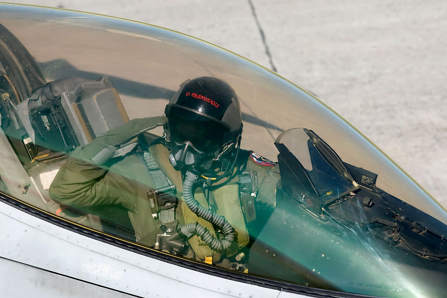 Hellenic Military & Security Multimedia Pilots_f_16_02