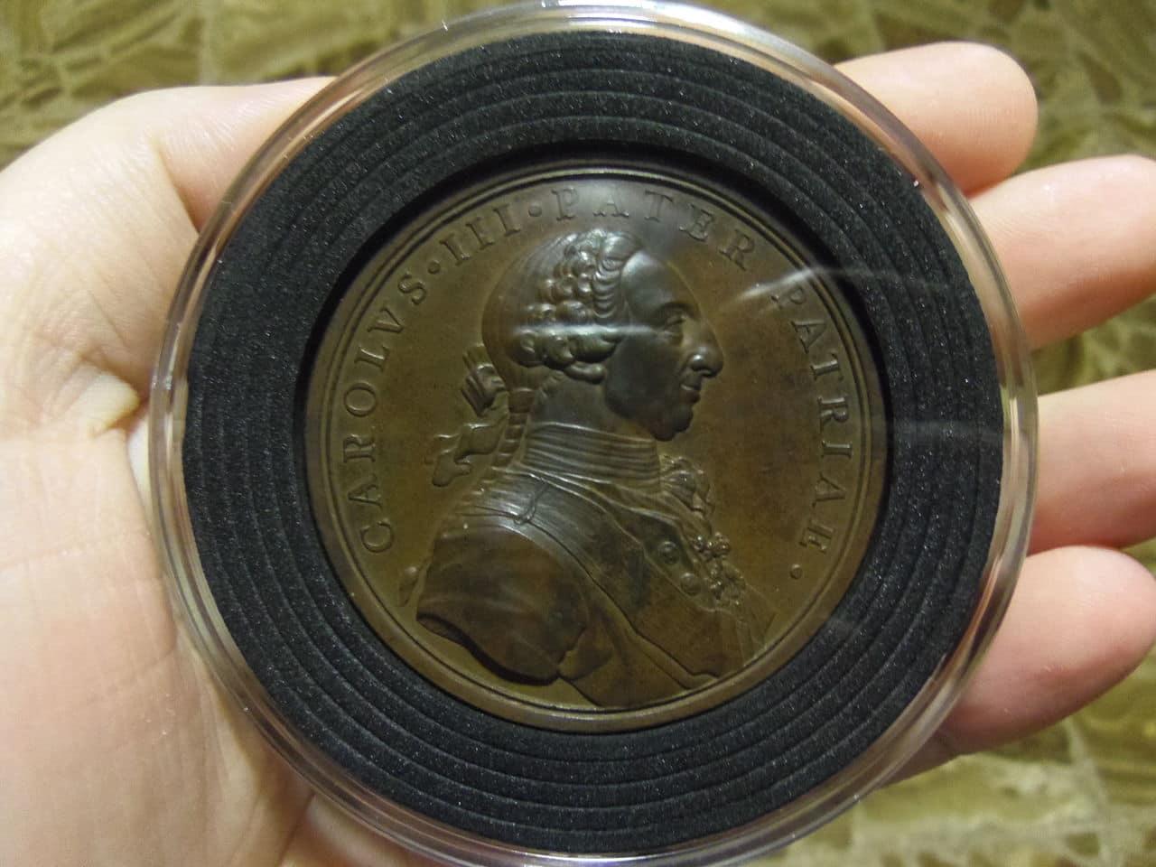 Nuevas Cápsulas de monedas CAPS XL de Leuchtturm. ¡Al fin hay capsulas para las monedas Griegas Clásicas y para medallas de gran tamaño!. IMGP7711