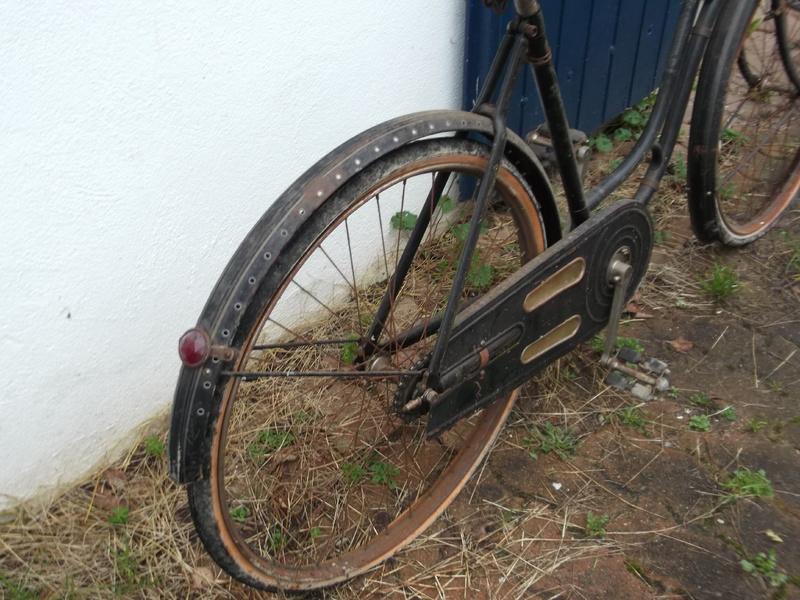 """Vélo de dame """"cycles chevalier (le Mans ) copie d'un modele des année 30  DSCF0785"""