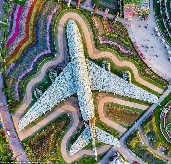 Kiến trúc đẹp mê hồn của thành phố Dubai từ trên cao 4-1519181737-width650height623
