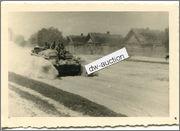 Stug III Ausf. B 1/35 Tamiya Sturmgesch_tz_Abteilung_226_Stug_auf_Strasse