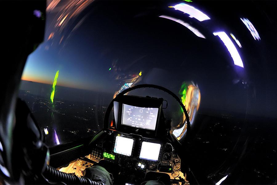 Hellenic Military & Security Multimedia F16_B52_Padv0017