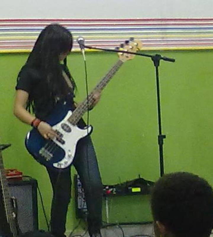 Clube do Precision Bass Parte II (administrado pelo GeTorres) - Página 18 382475_260593527380696_933822004_n