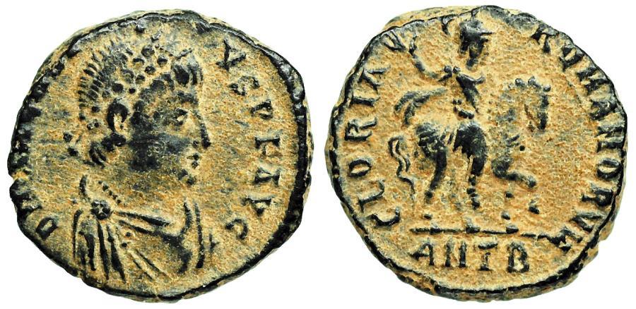 1/2 decargiro de Teodosio I. GLORIA ROMANORVM. Emperador a caballo. Cycico 5dt_K3_Xb7em3_MZSc6_B97q_Bn8_Y2_SWm_Ht