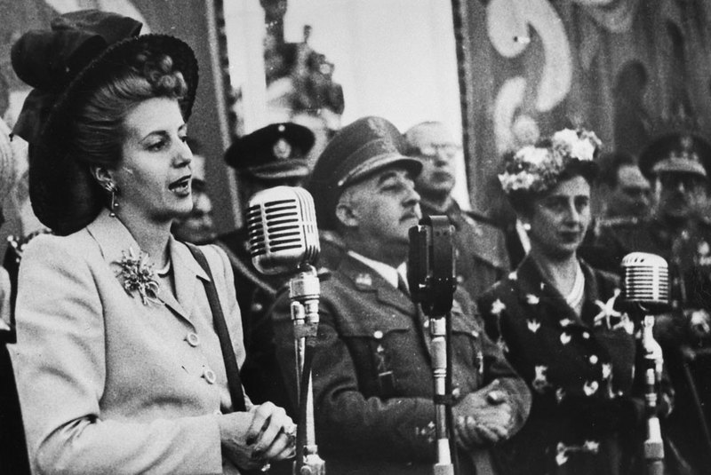 MONEDA DE 50 CENTIMOS DE 1949 PERFORADA ESTRELLA 51 EVA_PERON_Y_FRANCO