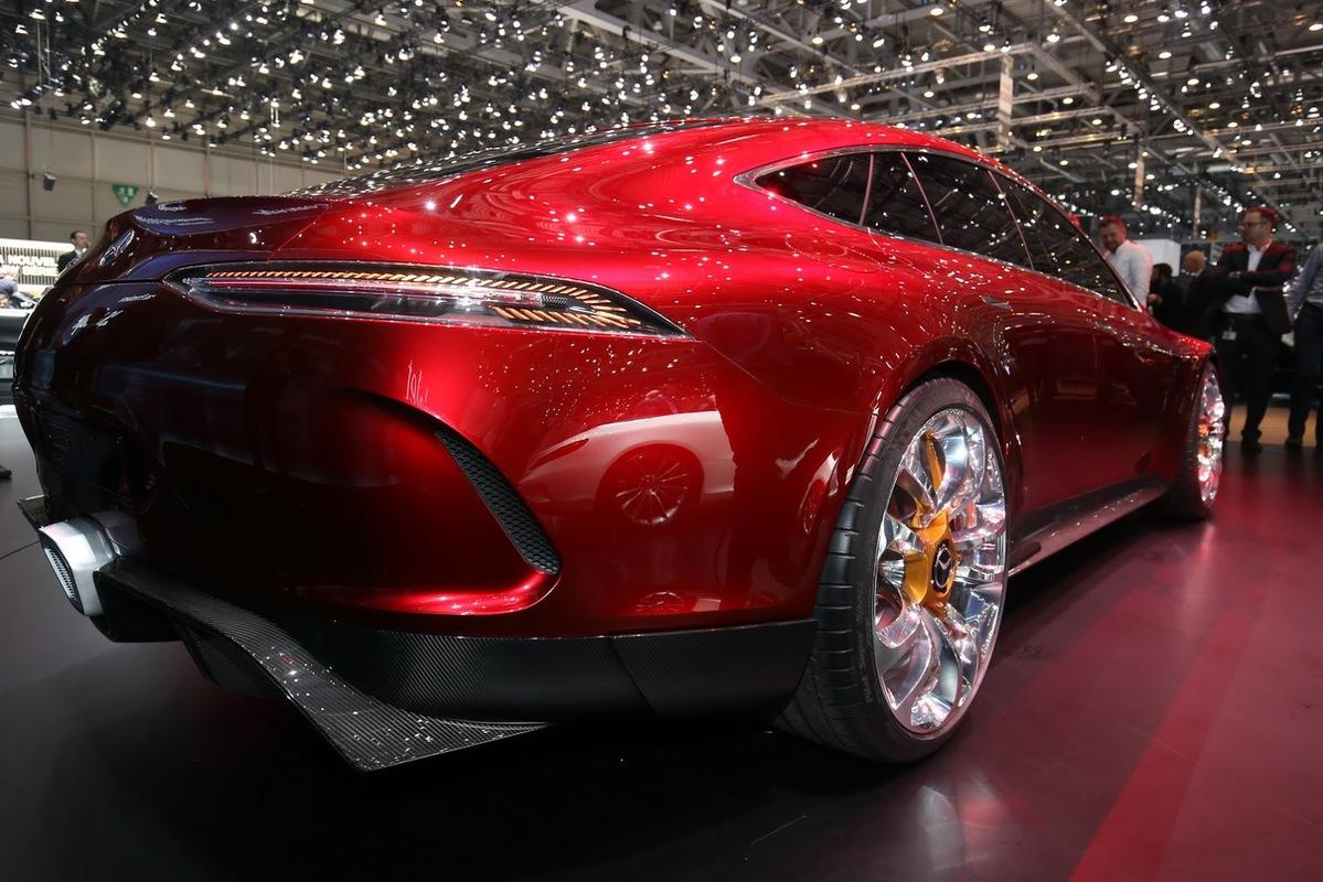 1 imagem vale mais que 1000 palavras - AMG GT Concept Mercedes_AMG_GT4_5
