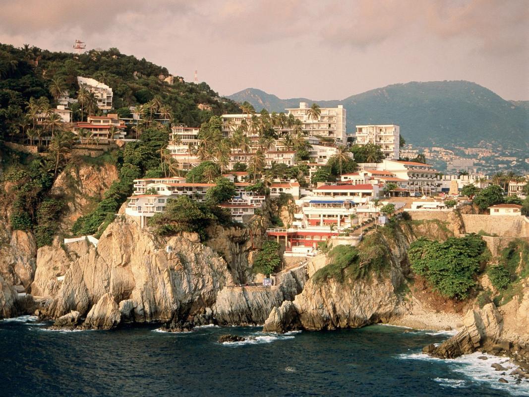 Meksiko La_Quebrada_Cliff_Acapulco_Mexico