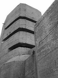 Ocupación Alemana de las Islas del Canal Inglés (30-6-1940) Guernsey_bunker