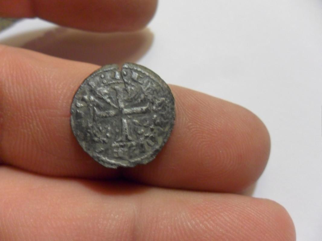 Denario de Alfonso IX, Tipo 1 de Orol, con lys en forma de Crismón SAM_6007