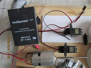 LOS ANGELES build logs - Page 3 MOTOR_750_Batery_Servos_1