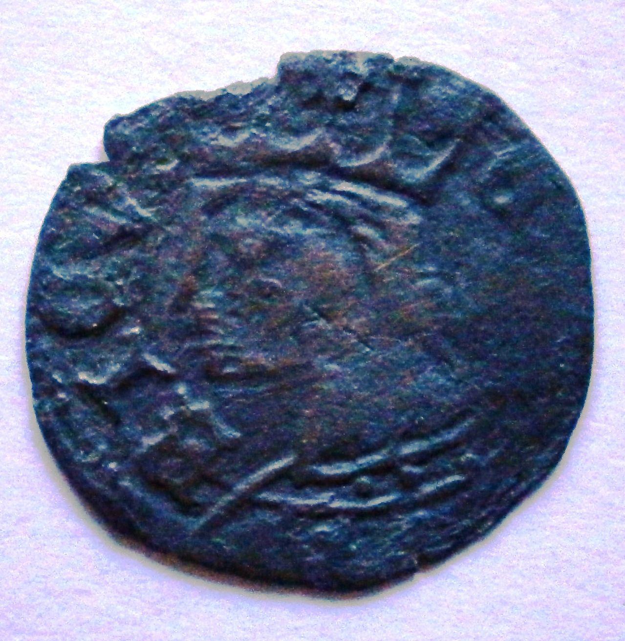 Cornado de Enrique II. (1369-1379). ¿Ceca?. P1010005