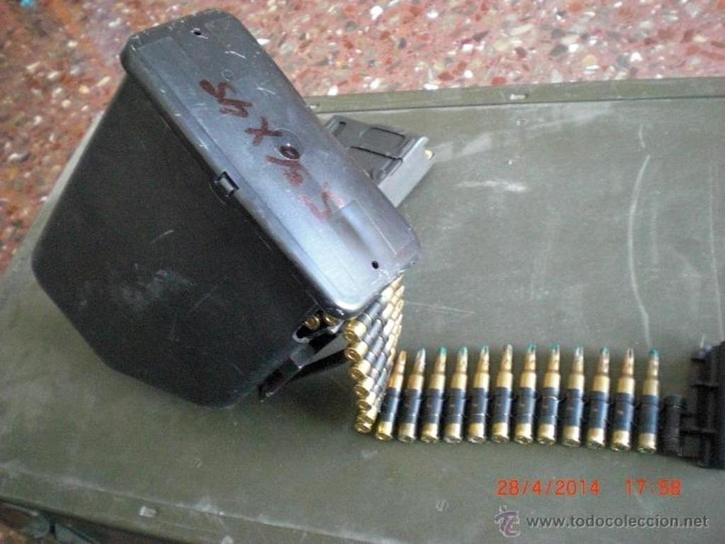 Cargador de plástico para munición de fogueo Minimi/M249. ¿Posible uso en la AMELI? 43058431_19775818