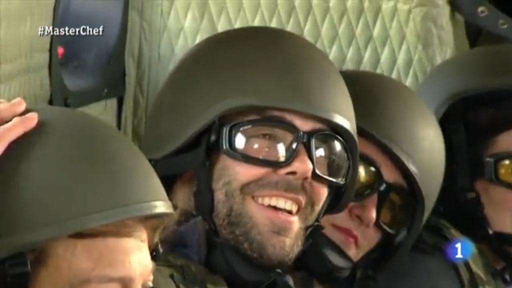 Noviembre de 2014 - Diciembre de 2016. Nuevo casco de combate para el Ejército español. FEDUR_CV_2_masterchef_20150609_EAire_011