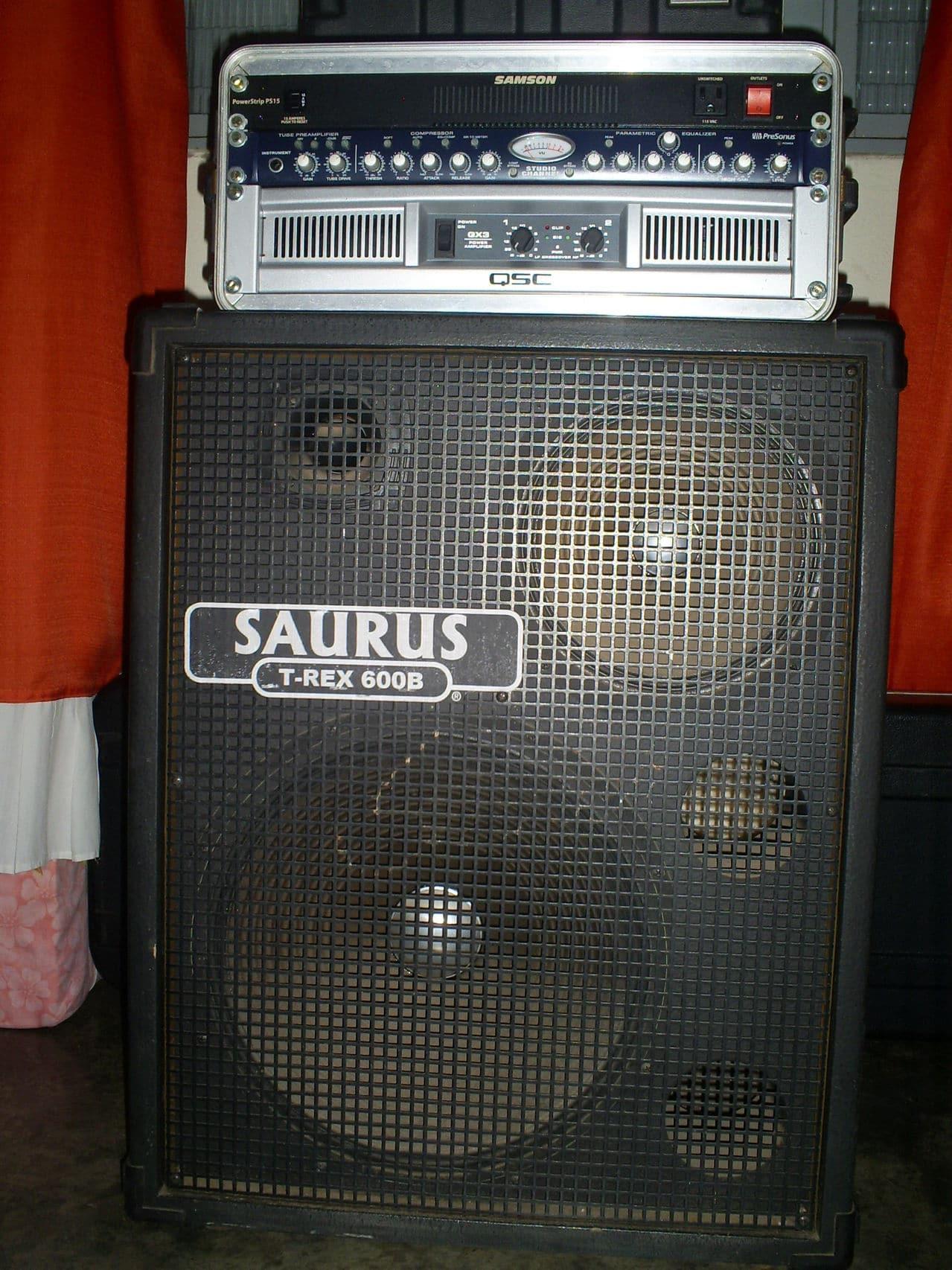 Curiosidade quanto a um set com amplificador não de contrabaixo - Página 4 S5034760