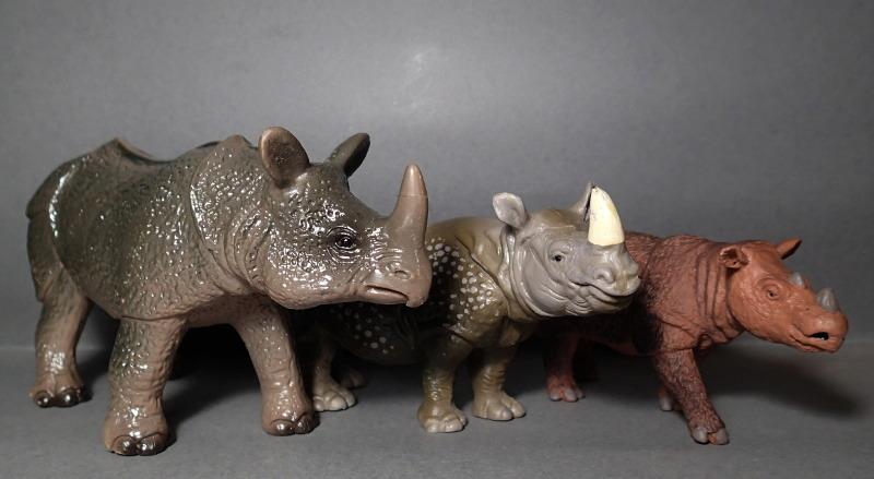 The Javan rhino from Bullyland :-) Bully_Rhino_Comp_Safari