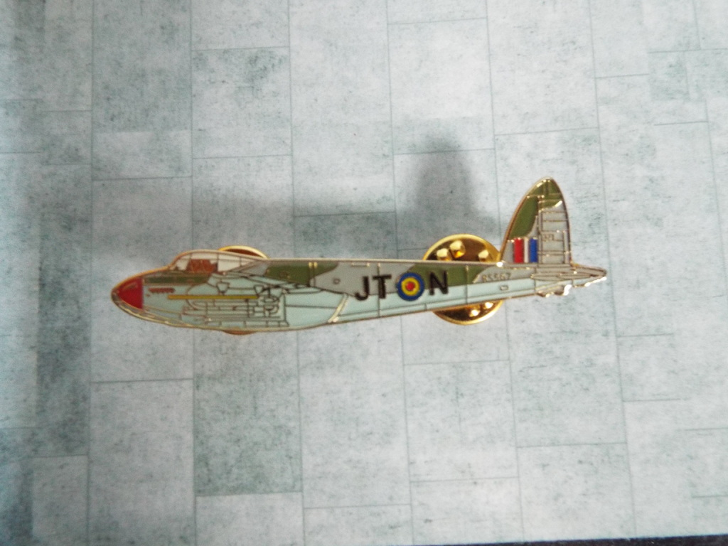 Aviation Enamel Pin Badges DSCF3727