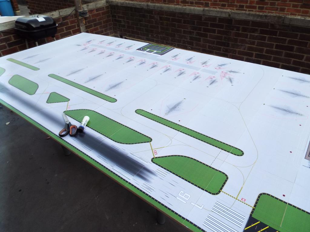 Aeroporturi in miniatura 1:400 - 1:500 DSCF4562