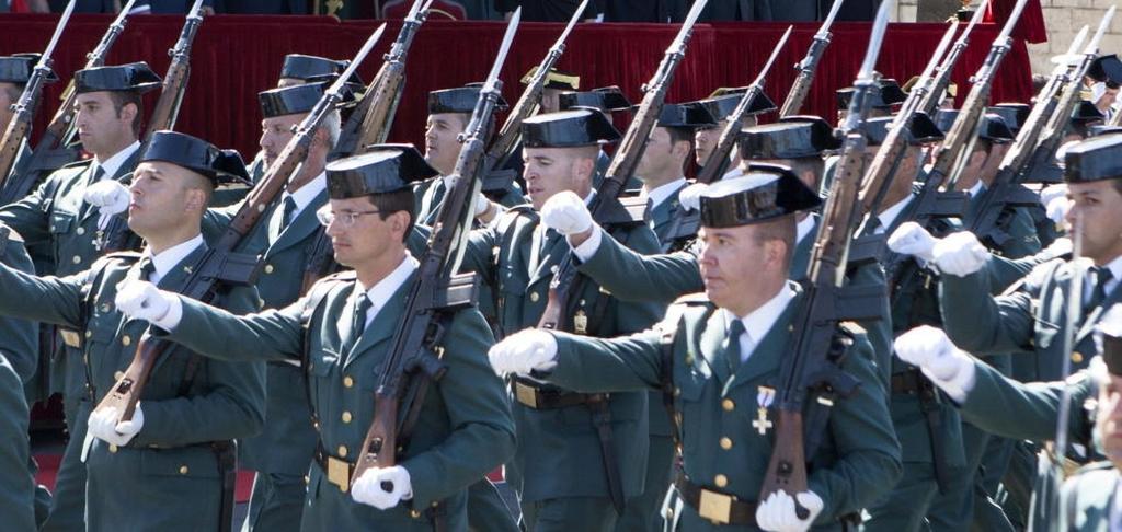 """Bayoneta CETME C para la Guardia Civil y """"de Exportación"""". Diferencias. Ecestaticos_com_la_reina_sofia_preside_los_actos"""