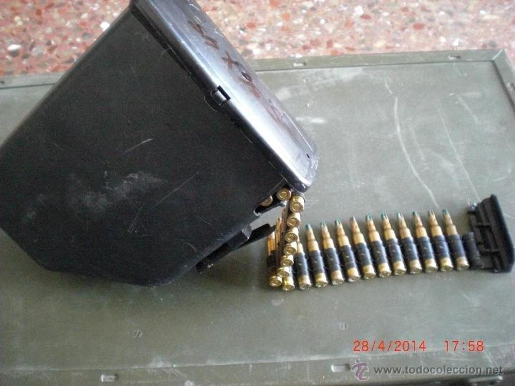 Cargador de plástico para munición de fogueo Minimi/M249. ¿Posible uso en la AMELI? 43058431_19775702