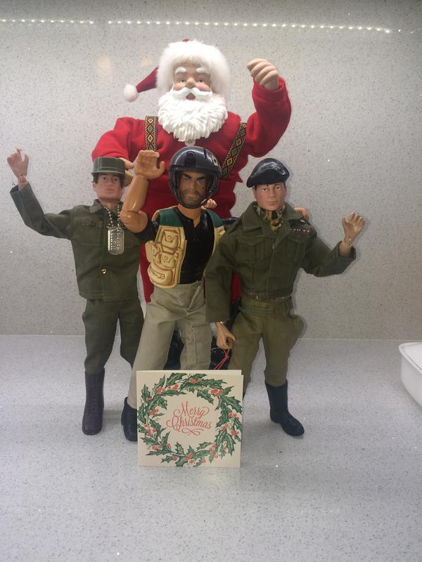 Pictures of your Action Men or Joe's in the Christmas spirit. - Page 2 IMG_6602