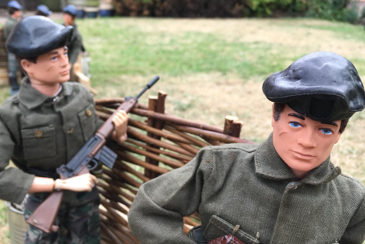 The Munrovians prepare their defenses..part 1. Fullsizeoutput_88b