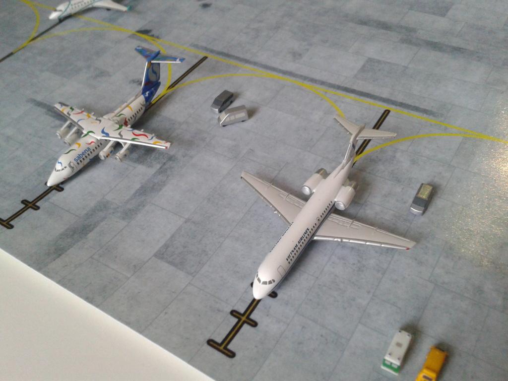 Aeroporturi in miniatura 1:400 - 1:500 2014_08_15_18_33_31