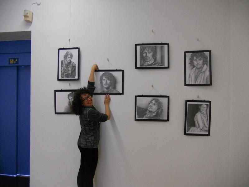 La preparación en el centro cultural. 010