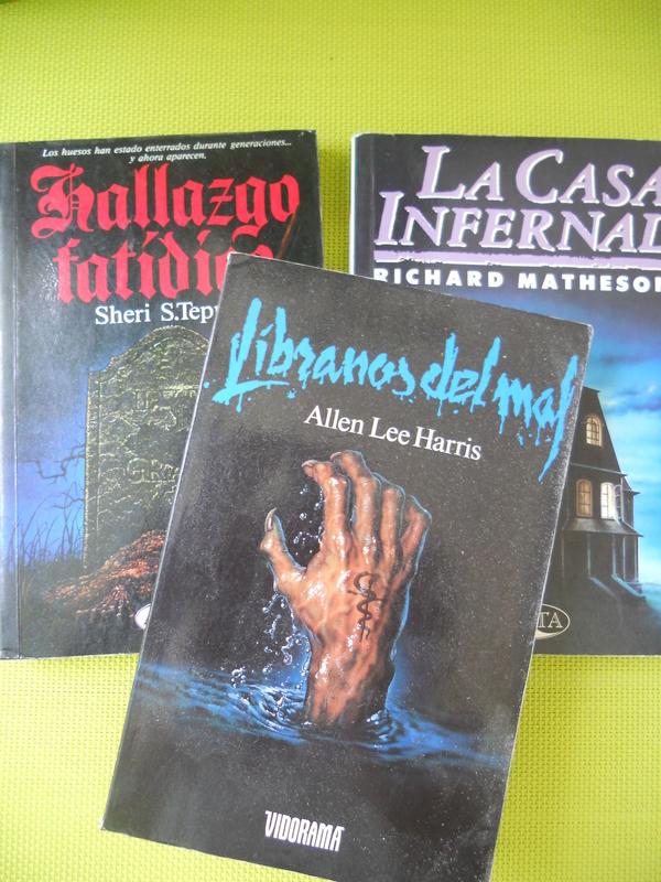 Los Libros que nos hicieron vivir en otros mundos en los 80s 005