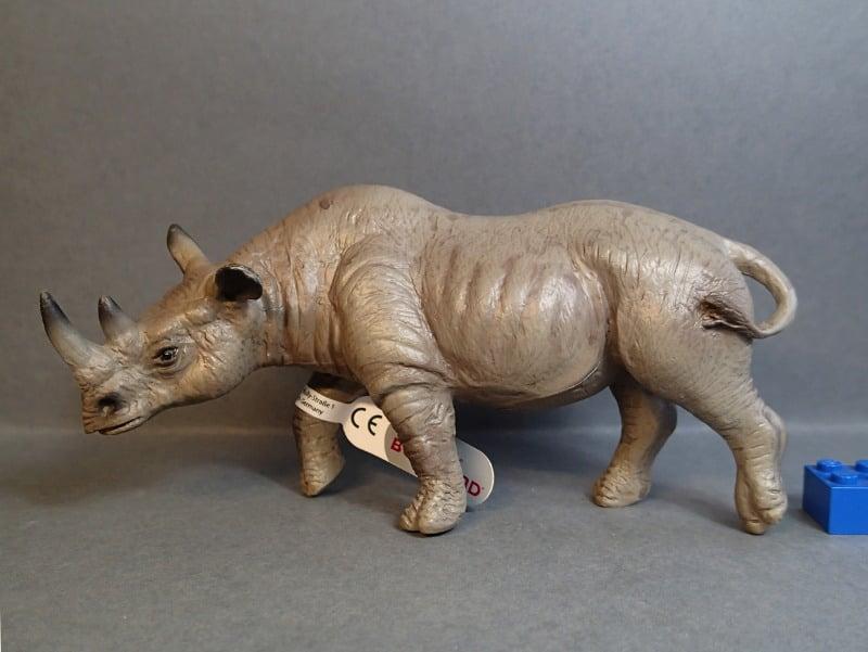 Susanne's Bullyland additions - Page 10 Bully_Feb17_Rhino