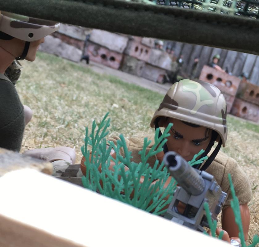 The Munrovians prepare their defenses..part 1. Fullsizeoutput_c27