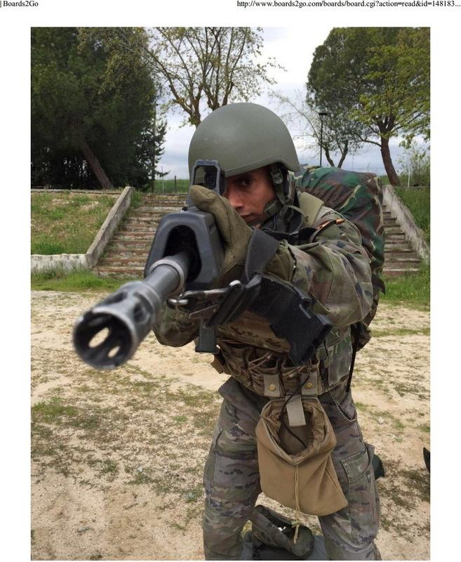 español - Noviembre de 2014 - Diciembre de 2016. Nuevo casco de combate para el Ejército español. - Página 2 20161215_Boards2_Go_FECSA_003ajpg_Page2b