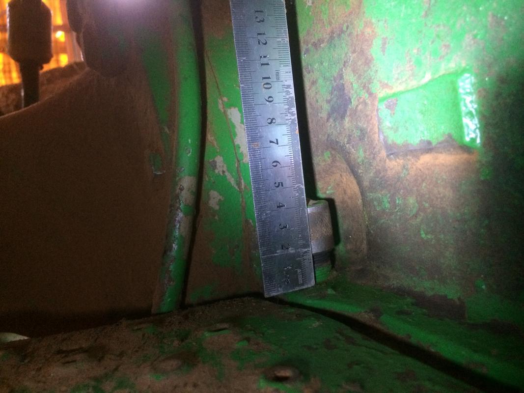 [John Deere 2035-2040] Medida de la cala hidráulicos IMG_2813